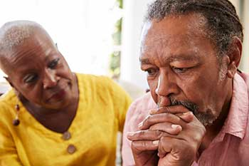 Senior husband and wife managing the impacts of dementia - icon for TEACH program